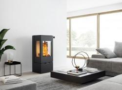 RAIS Nexo – an absolutely square stove…